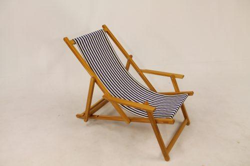 houten strandstoel gebeitst blauw witte loper